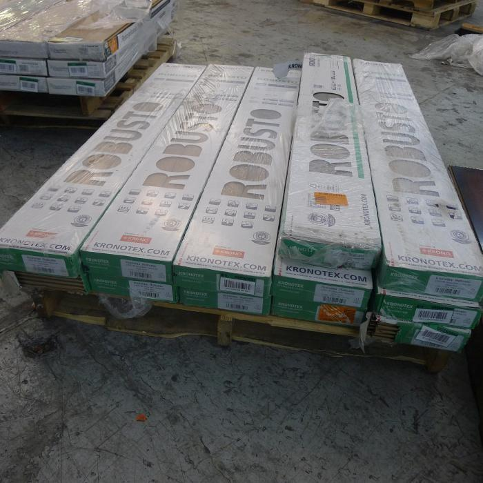 (12) Boxes Of KRONOTEX Robusto Harbour Oak 12mm Laminate Flooring,  Approximately 160 Total ...