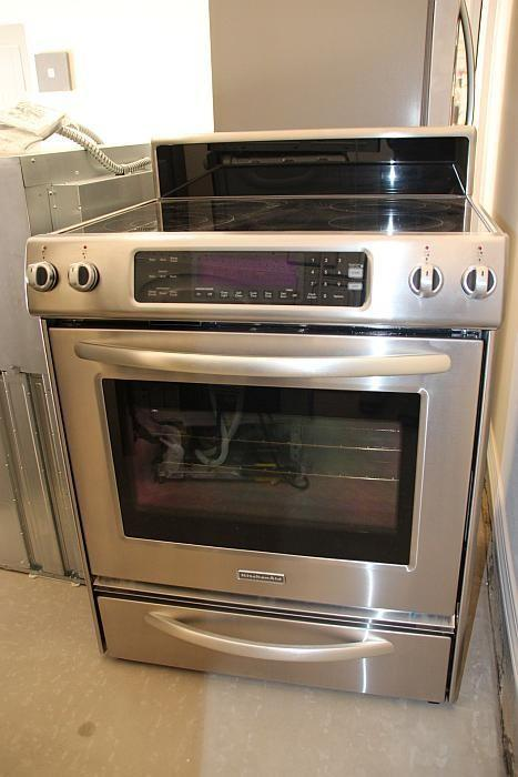 KITCHENAID ELECTRIC RANGE KERS807SSS, 30 Inch 4 Element Freestanding Range,  Architect Series