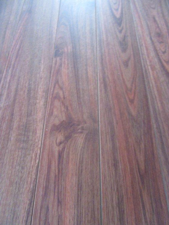 44 Boxes Of Eclipse Distinction Rustic Teak Laminate Flooring 12 3mm W
