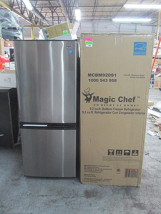 Magic chef 15 cu ft refrigerator