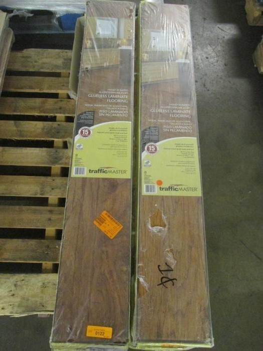 Lot Of (8 Boxes) Of TRAFFICMASTER Glueless Laminate Flooring, Handscraped  Allentown Hickory Color